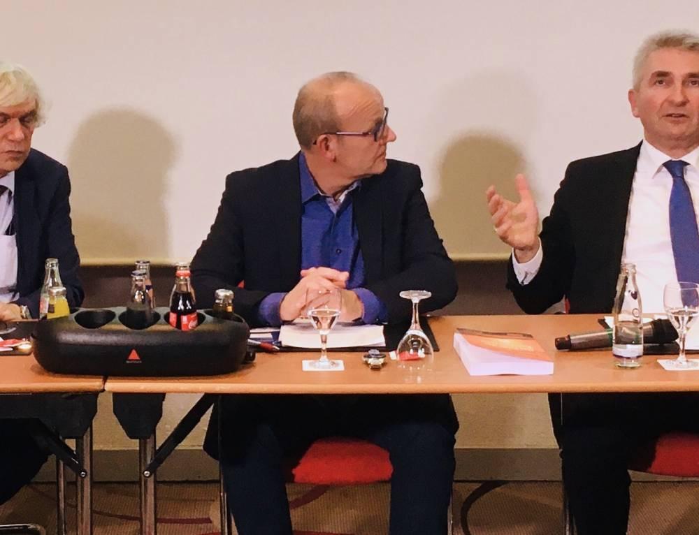 BW Mitglied Prof. Dr. Paul J. J. Welfens präsentiert sein neues Buch
